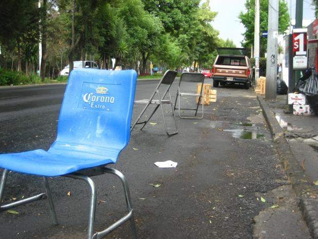 Mobiliario anti parking. Imagen: Rodrigo Díaz