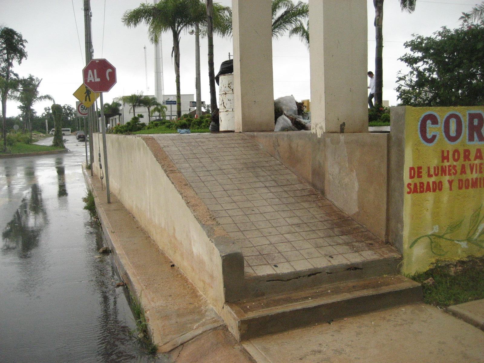 Conozca La Rampa Con Escal N Pedestre
