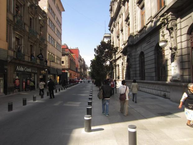 16 de septiembre, un buen ejemplo de calle de uso compartido