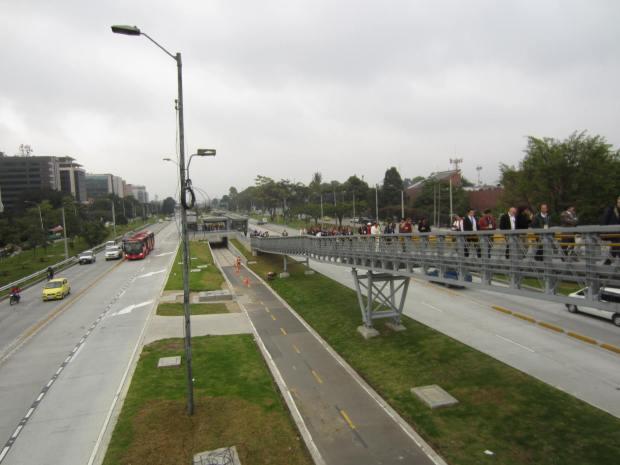 Rampa monumental en TransMilenio. Imagen: Rodrigo Díaz