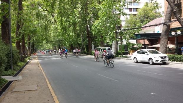 Ciclovía recreativa en Santiago de Chile. Imagen: Rodrigo Díaz
